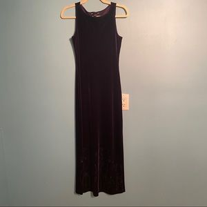 Reitmans Y2K navy velvet maxi dress in size 5